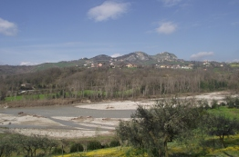 Torriana e Montebello visti da Ponte Verucchio